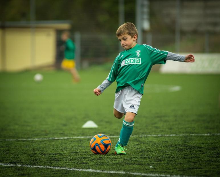 Aus Diesen Grunden Ist Fussball Bei Kindern Wichtig Sfz